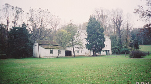 Photo of the Kuster Barn as it appears today (10/03)